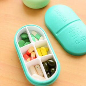 PLASTIC PILL BOX
